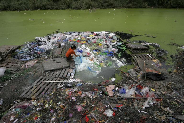 china_plastic_trash_pollution